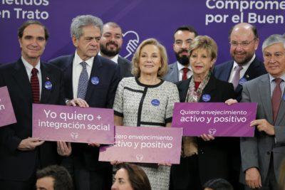 """Gobierno lanza el """"Defensor mayor"""" para combatir los abusos contra ancianos"""