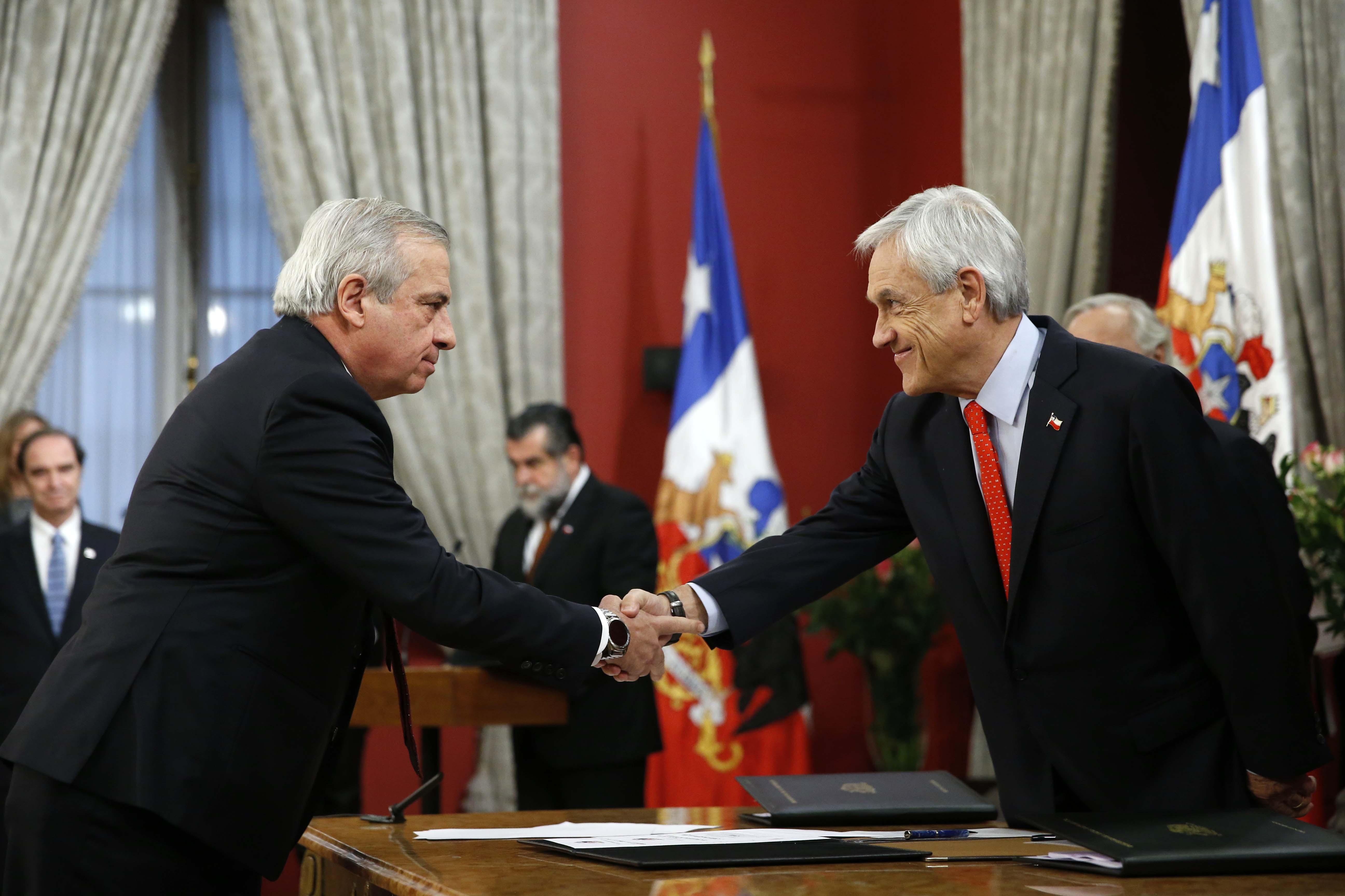 """""""Cambio de gabinete: Piñera recurre a exministros de su primer gobierno para reimpulsar agenda"""""""