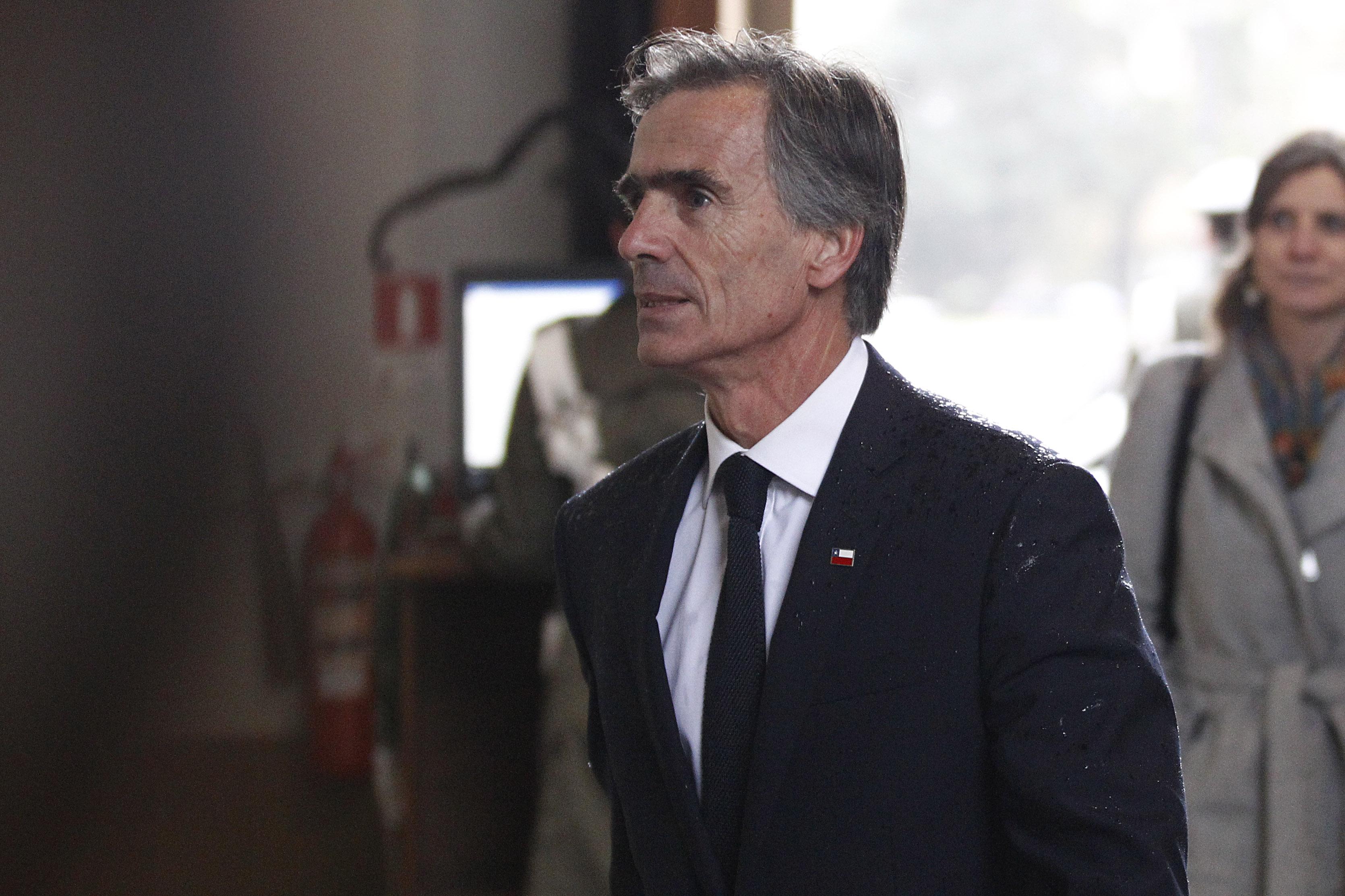 Ex ministro Valente rechazó la embajada de la OCDE que le ofreció el Presidente Piñera