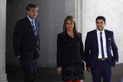 Máximos dirigentes de la UDI se reúnen con Piñera y dan por superada la polémica
