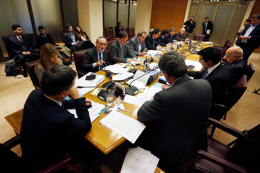 """""""Comisión Mixta: imprescriptibilidad de abusos a menores no tendrá efecto retroactivo"""""""