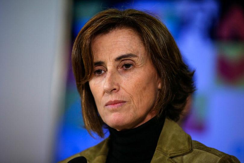 [VIDEO] Increpan a ministra Marcela Cubillos en el Cementario General