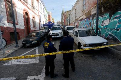 PDI detuvo a presuntos responsables de homicidio de turista canadiense en Valparaíso