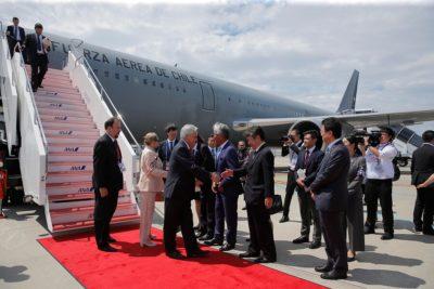Presidente Piñera llegó a Osaka para participar en la cumbre del G20