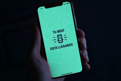 """App de transporte """"Beat"""" anuncia su llegada a regiones: conductores podrían ganar más de $500 mil en una semana"""