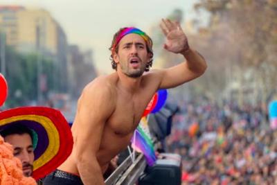 A Ariel Levy le llovieron las críticas por participar de Marcha del Orgullo