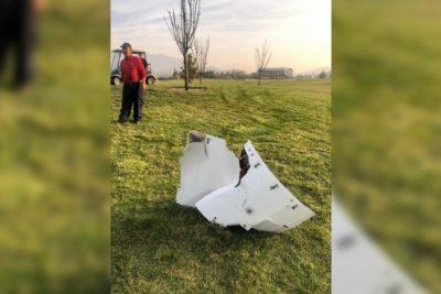 Carabineros indagará caída de trozo de fuselaje de avión en campo de golf en Santiago