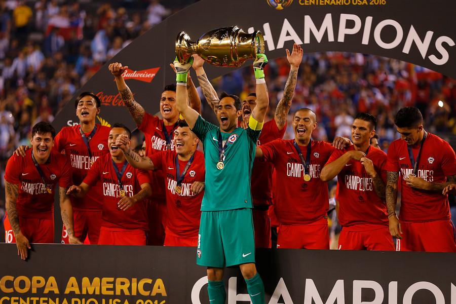"""Claudio Bravo recordó los tres años de la Copa América Centenario: """"Todo es posible"""""""