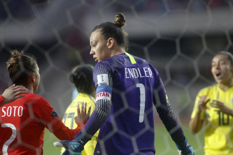 """""""¿Qué les importa más?"""": jugadora de la Roja femenina salió en defensa de Endler por críticas tras salir del clóset político"""