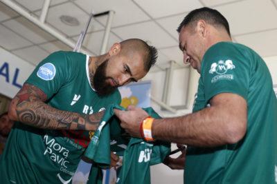 VIDEO   Vidal compartió con el club Rodelindo Román antes de unirse a la Copa América