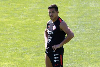 Plantel completo: Selección Chilena retoma las prácticas con Alexis Sánchez en cancha