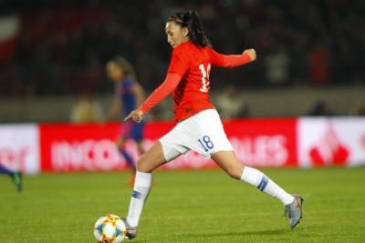 Jugadora de la Roja femenina recibió dura noticia familiar tras derrota ante Suecia en el Mundial de Francia