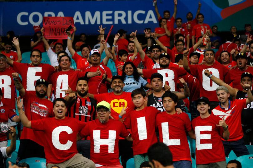 FOTOS   La creatividad se tomó la celebración por el triunfo de Chile sobre Ecuador