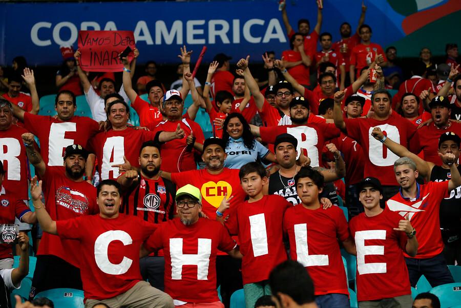 FOTOS   Creatividad se tomó la celebración por triunfo de Chile