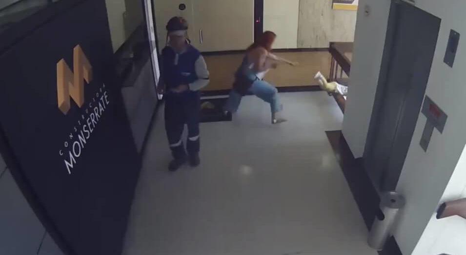 Video La Increible Reaccion De Una Madre Que Salva A Su Hijo De