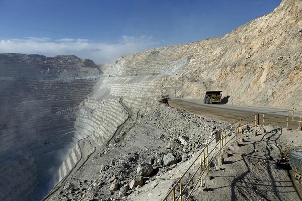Codelco presentó nueva oferta para trabajadores de Chuquicamata con bono de por $14,1 millones