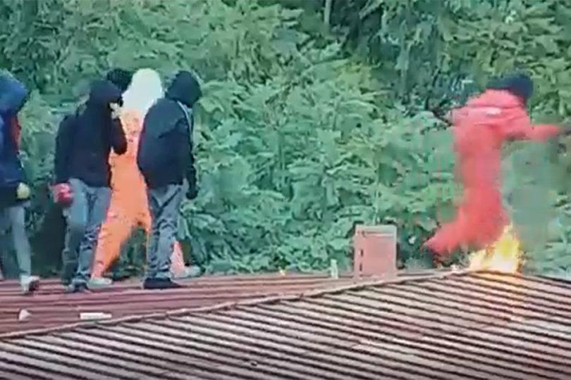 VIDEO   Instituto Nacional: captan momento exacto en que joven se quema con bomba molotov