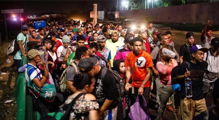 EU pone en cuarentena a 5 mil migrantes por paperas