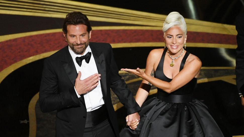 VIDEO | La indignación de Lady Gaga luego que le gritaran el nombre de Bradley Cooper