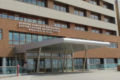Oncólogo formalizado por abuso en Clínica Las Condes fue suspendido por nueva denuncia en Punta Arenas