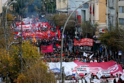 Marcha de la Confech durante la Cuenta Pública no fue autorizada