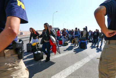 Venezolanos protestan por nueva visa consular