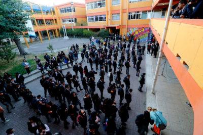 Las tres alternativas de los colegios que estuvieron en paro para recuperar clases