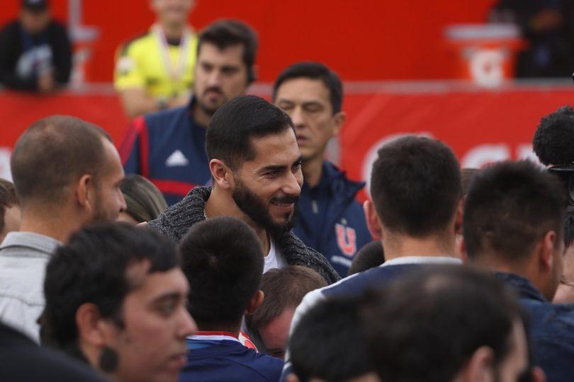 """""""Johnny es la U"""": cuelgan lienzos en el CDA para apoyar a Herrera y presionar al plantel"""