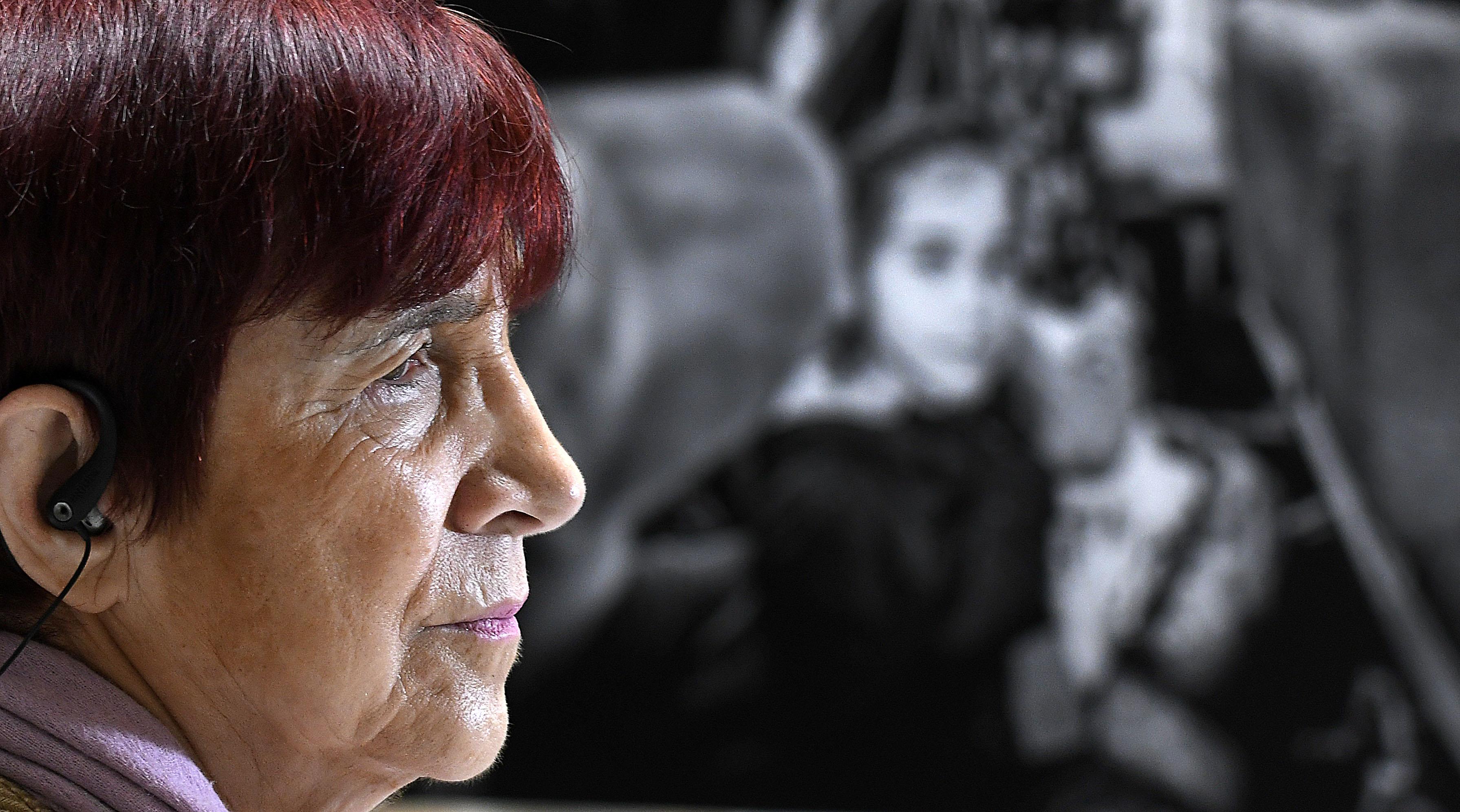 """""""Carmen Hertz califica de"""