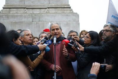 """""""Volvamos a clases"""": presidente de Colegio Profesores pide bajar paro tras oferta del Mineduc"""
