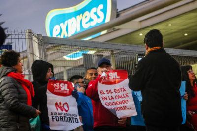 """Walmart acusó """"actos de violencia"""" por parte de trabajadores en huelga"""