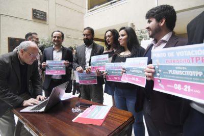 TPP-11: Diputados llaman a votar en plebiscito a pesar de críticas por datos personales