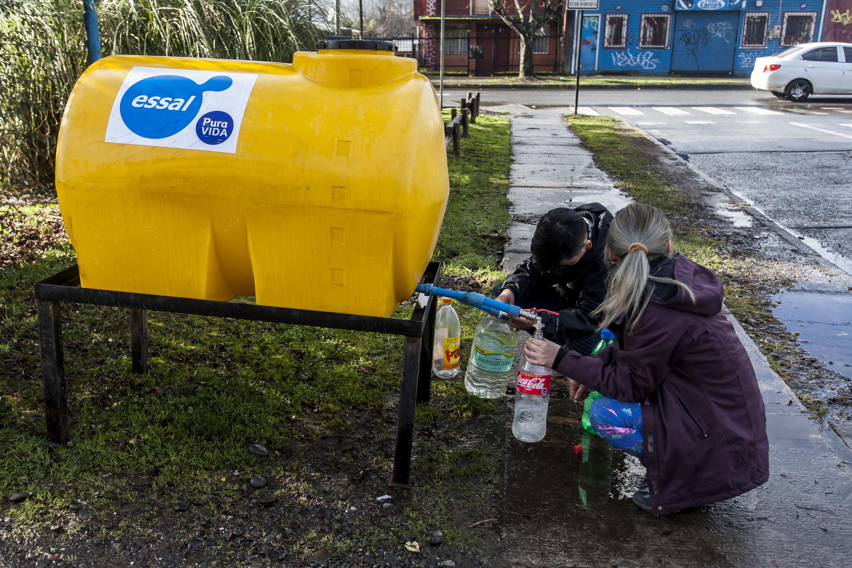 """""""Gobierno anuncia que agua potable volverá el miércoles a Osorno"""""""