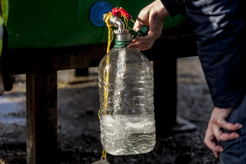 Protestan en Osorno por corte de agua y exigen fin de la concesión a Essal