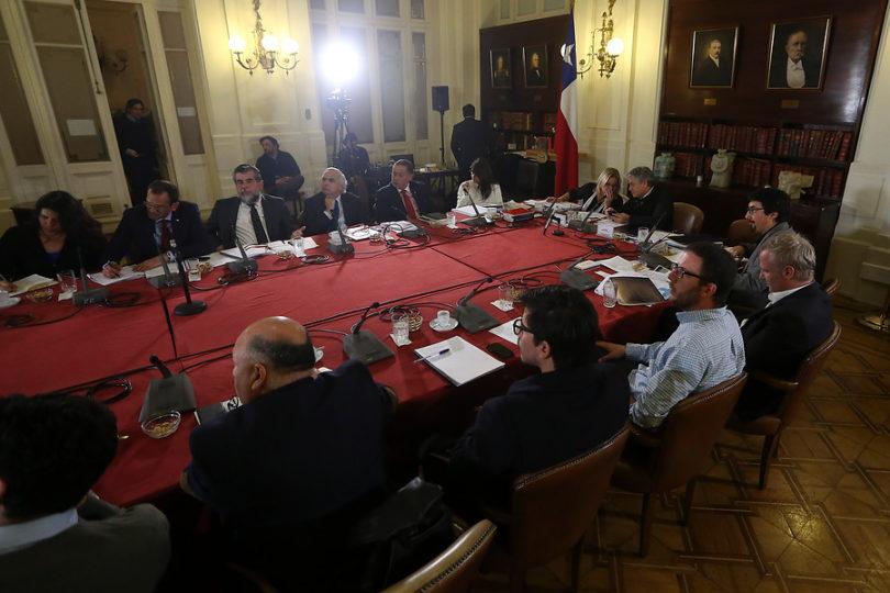 Comisión de DD.HH. del Senado aprueba proyecto de ley de migración