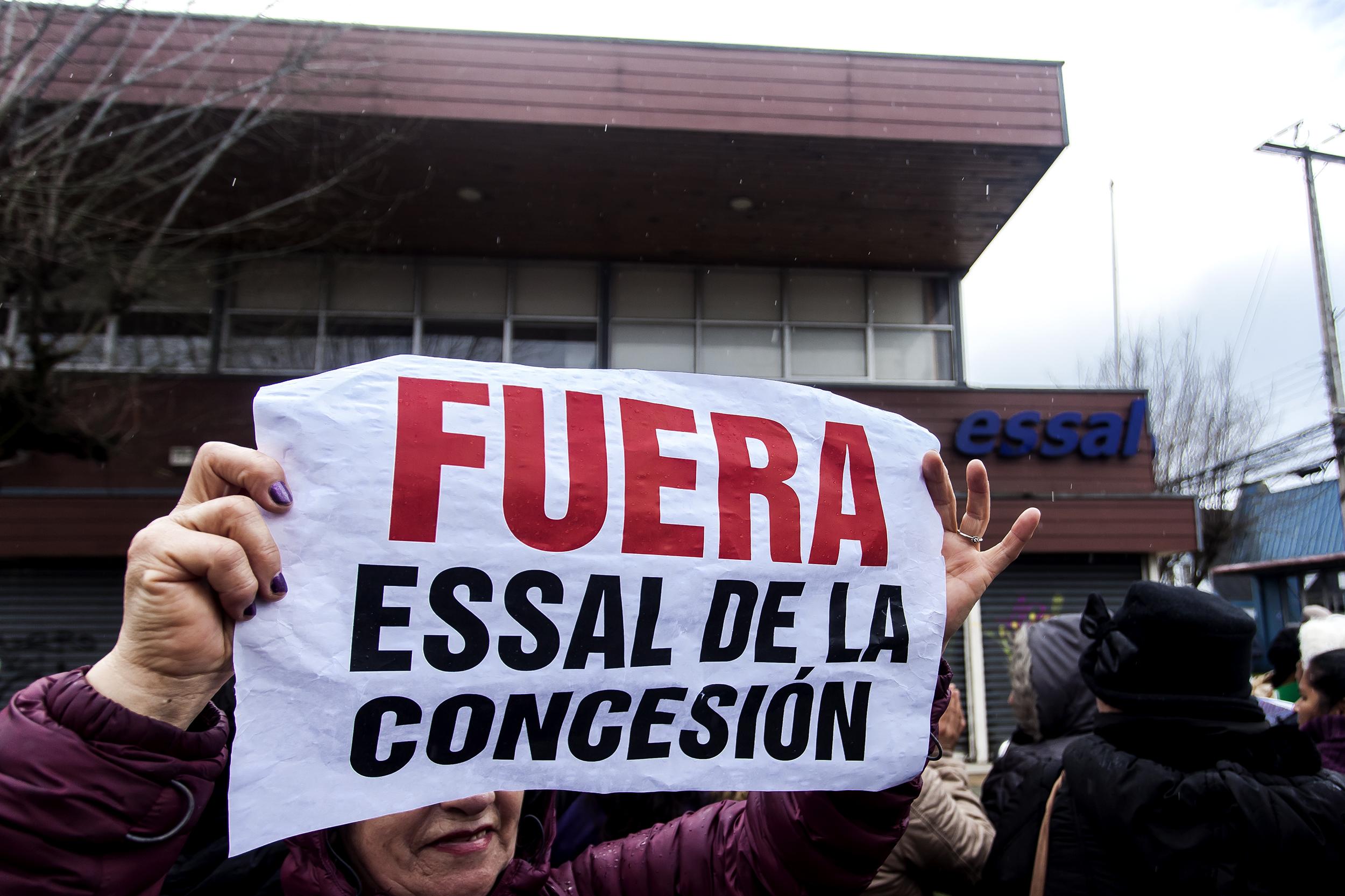 Essal y crisis en Osorno: quiénes son los dueños del agua en Chile