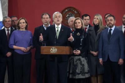 Piñera promulga Ley de Atención Preferente para personas mayores y con discapacidad