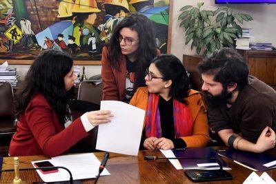 Comisión de Trabajo aprueba proyecto que reduce jornada a 40 horas semanales