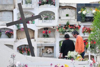 Cementerio de La Ligua: hombre murió tras ser aplastado por una lápida