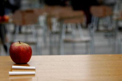 ¿Sabes que 222 mil niños y jóvenes no van al colegio?