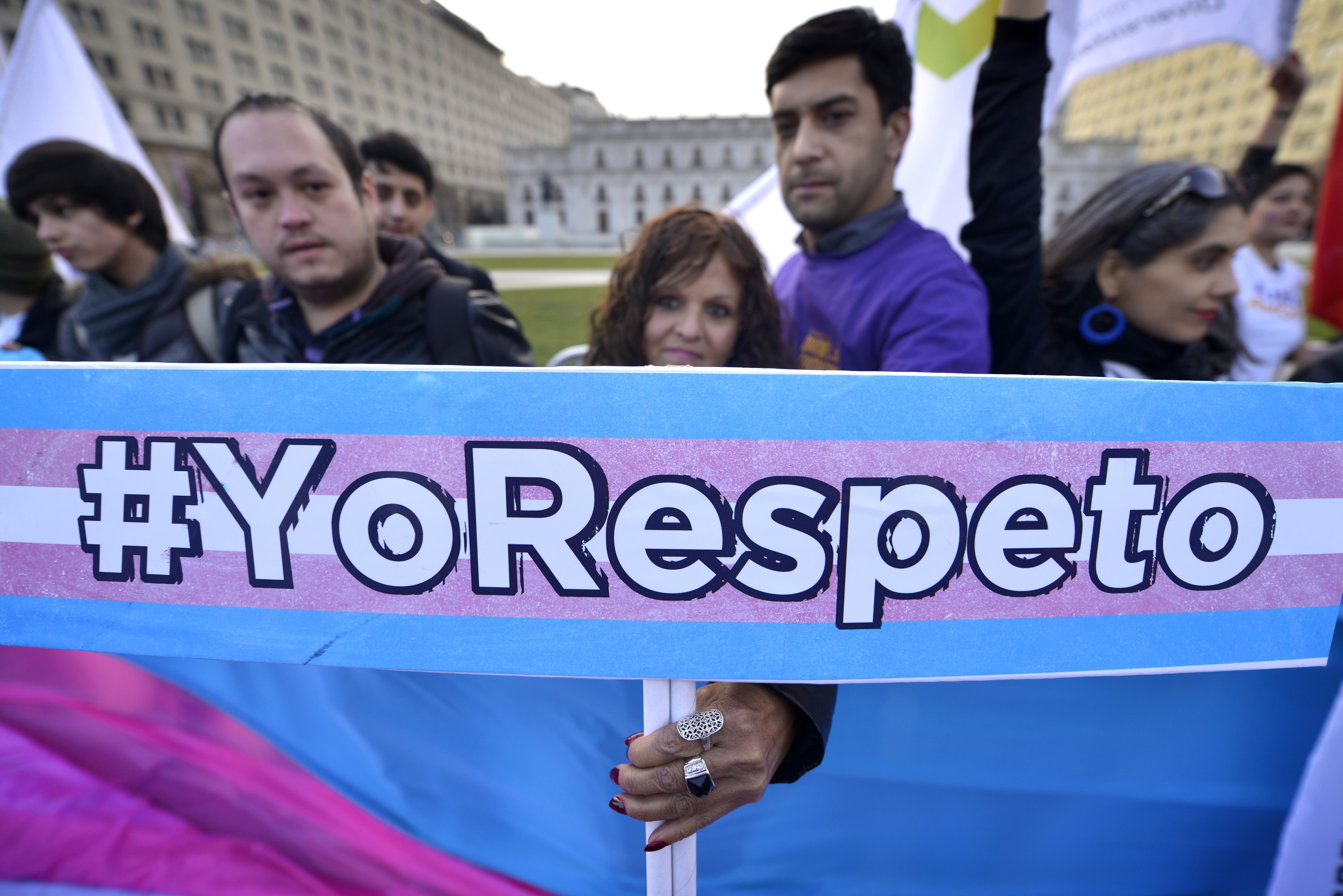 Golpean a dos mujeres trans en el barrio 10 de Julio y Carabineros niega denuncia