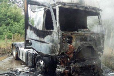 Sexto ataque incendiario en 5 días se registró en la provincia de Arauco