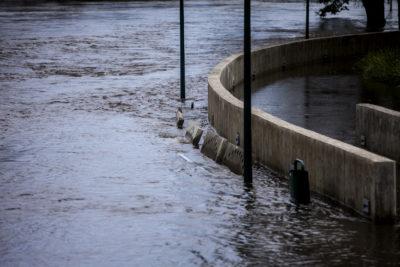 Onemi reportó desborde de ríos en las comunas de Lanco y Mariquina