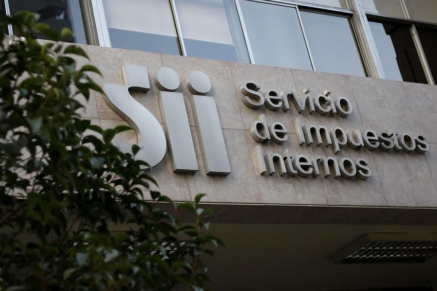 """SII respondió a reportaje de """"Informe Especial"""" por pago de contribuciones"""