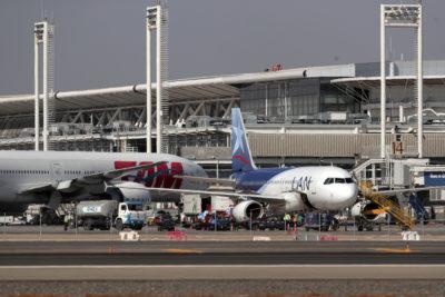 Aumento histórico de pasajeros en vuelos nacionales: 15,5 millones en un año