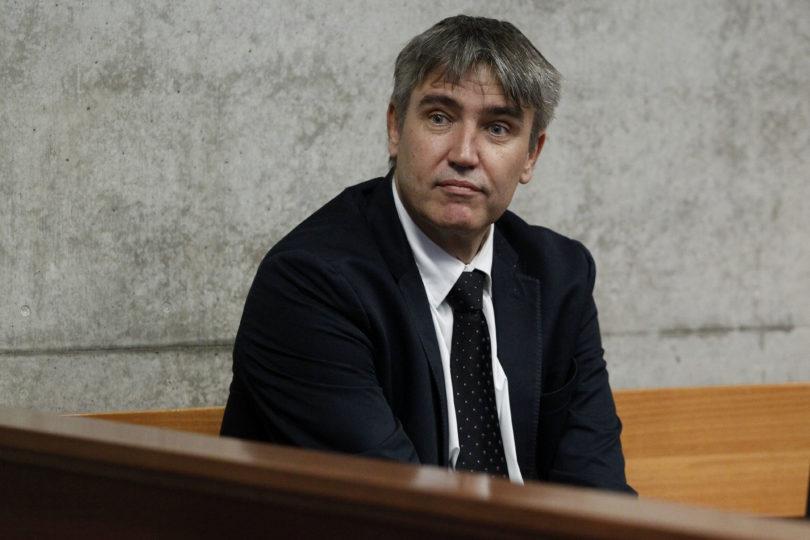 Dan a conocer veredicto condenatorio contra sujeto que agredió al ex senador Rossi