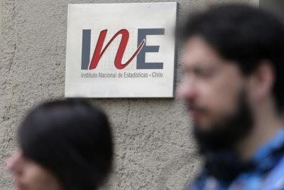INE: sueldos reales crecieron 2,3% en un año y acumularon 0,8% en 2019
