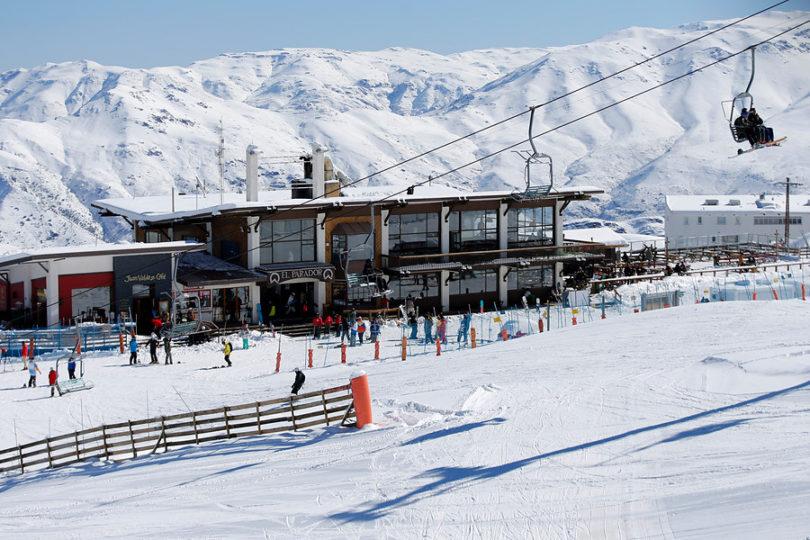 Masiva intoxicación en centro de esquí fue provocada por porotos mal cocidos