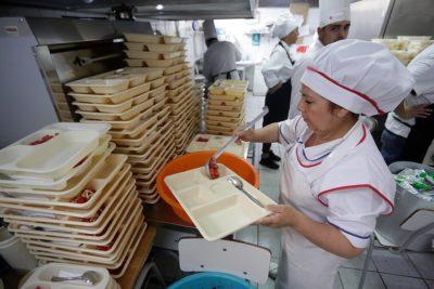 Paro docente: Gobierno acusa 8 millones de raciones de alimentos perdidas