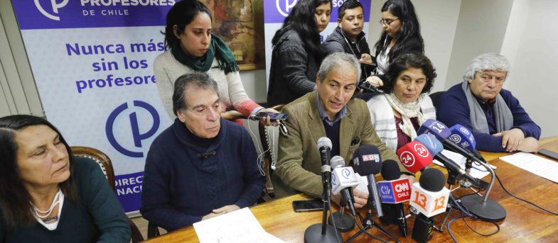 Colegio de Profesores realizará nueva consulta nacional y paro entra en octava semana